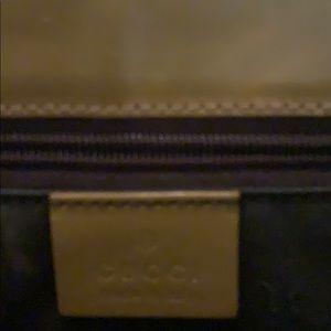 Gucci Bags - Gucci tan purse